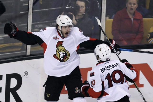 Bobby Ryan a marqué le but gagnant en... (Photo Charles Krupa, La Presse canadienne)