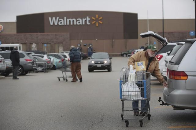 S'appuyant sur son réseau de 4700magasins américains, Walmart... (AFP, Scott Olson)