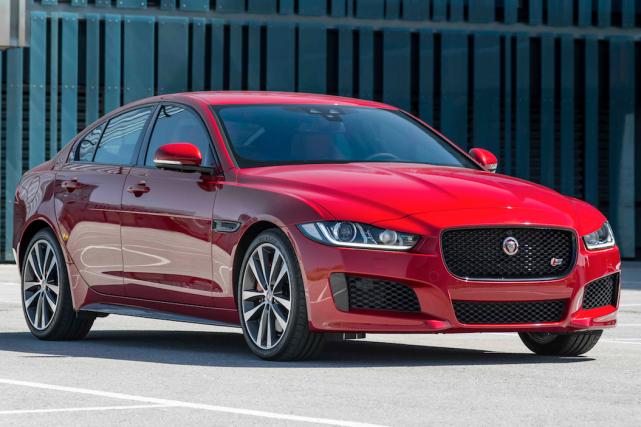 Jaguar XE... (fournie par Jaguar)