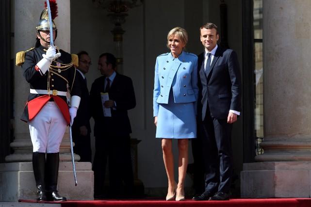 Emmanuel Macron et sa femme, Brigitte.... (AFP)