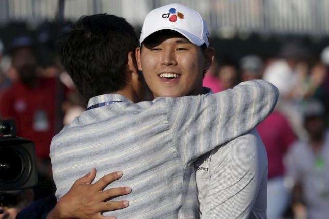 Si Woo Kim a été intraitable, malgré la... (AP, Lynne Sladky)