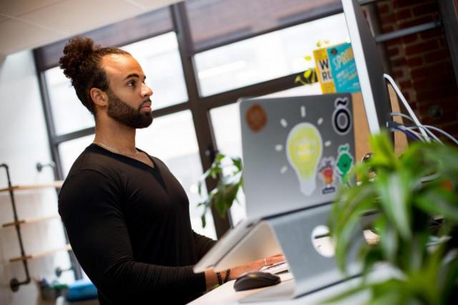 Dan Benoni, Montréalais de 30ans et cofondateur d'OfficeVibe,... (Photo Sarah Mongeau-Birkett, La Presse)