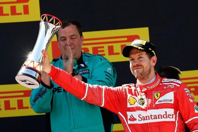 Grâce à sa deuxième place au Grand Prix... (Photo Manu Fernandez, ASSOCIATED PRESS)