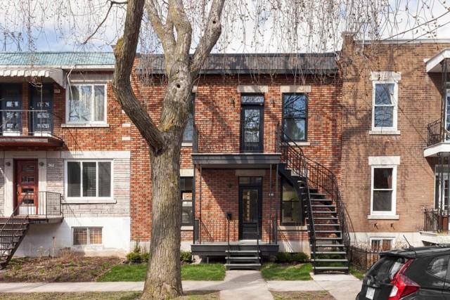 La façade de la maison ne laisse pas... (Photo fournie par Centris)