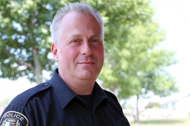 Guy Rousseau, porte-parole du Service de police de... (Julie Catudal, archives La Voix de l'Est)
