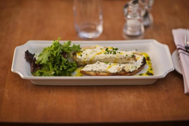 Cervelle de canuts du restaurant La Coupole... (Photo André Pichette, La Presse)