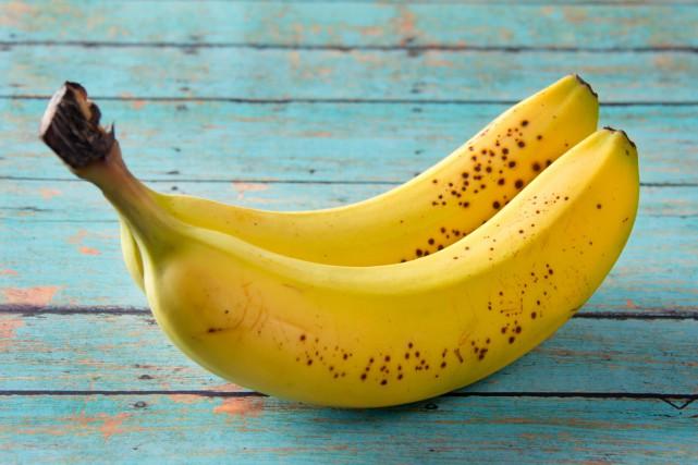 La banane, source de potassium.... (PHOTO THINKSTOCK)