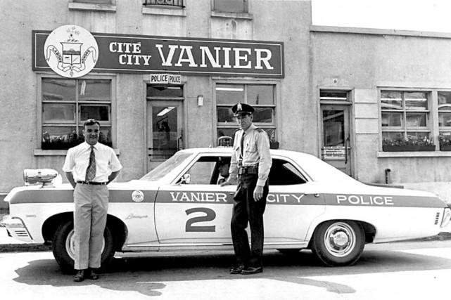 Le poste de police de Vanier, en 1975.... (Archives, Le Droit)