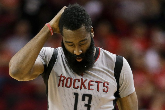 James Harden... (PHOTO AP)