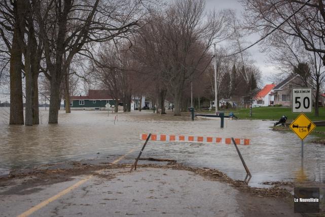 Après la menace de l'eau arrive bientôt le... (François Gervais, Le Nouvelliste)