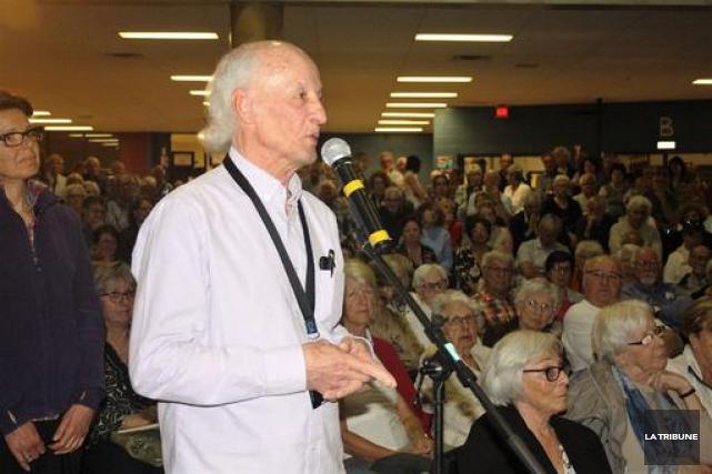 Environ 700 personnes ont participé à une soirée... (Photo La Tribune, Jean-François)