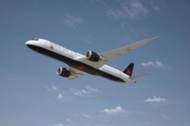 Un appareil d'Air Canada assurant la liaison entre la Jamaïque et Toronto a dû... (PHOTO CNW)