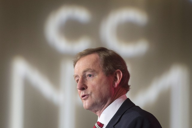Enda Kenny démissionne de la tête de son... (Photo Paul Chiasson, Archives La Presse canadienne)