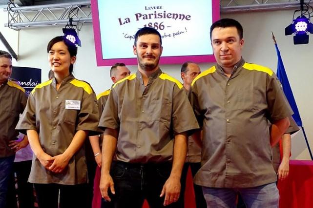 Mei Narusawa (à gauche), première femme et étrangère... (Photo tirée de la page Facebook de la boulangerie Durrenberger)