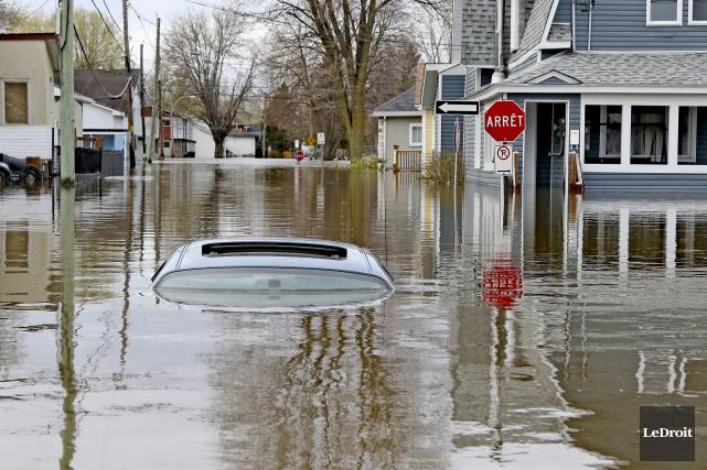 Les inondations ont frappé plusieurs régions du Québec... (Le Droit, Patrick Woodbury)