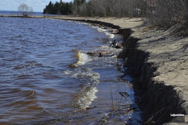 La plage Robertson s'érode.... (Photo Le Quotidien, Gimmy Desbiens)