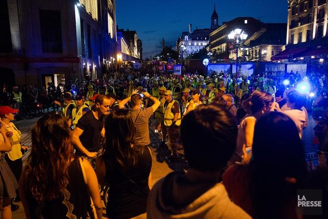 Des policiers ont perturbé les festivités d'hier pour... (Ninon Pednault, archives La Presse)