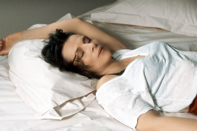 Juliette Binoche dans Un beau soleil intérieur de... (CAPTURE D'ÉCRAN)