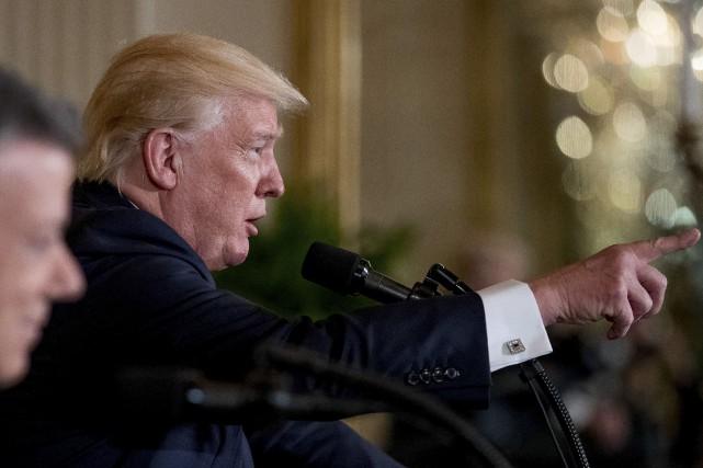 Les ennuis s'accumulent pour le président Trump.... (AP, Andrew Harnik)