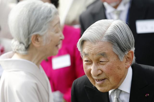 L'empereurAkihitoa émis des inquiétudes sur ses capacités à... (PHOTO AP)