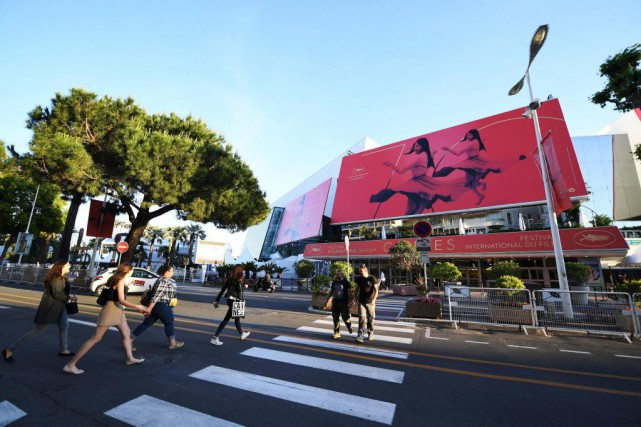 Sur la photo, le Palais des festivals et... (Photo Arthur Mola, Associated Press)