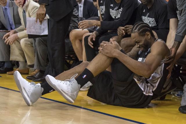 Kawhi Leonard en douleur.... (Photo Kyle Terada, USA TODAY Sports)