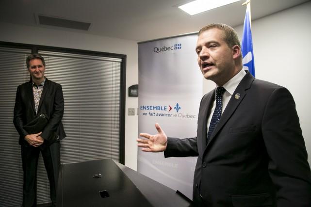 Le ministre de la Culture et des Communications,... (Spectre média, René Marquis)