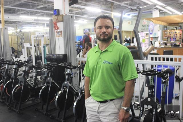 Jean-Roch Rainville, propriétaire du centre d'entraînement JR Fitness... (Martin Brunette, Le Droit)