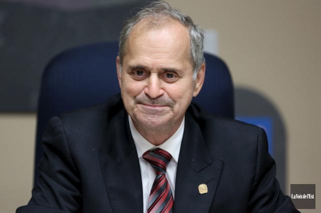 Le maire de Cowansville Arthur Fauteux ne sera... (Alain Dion, archives La Voix de l'Est)