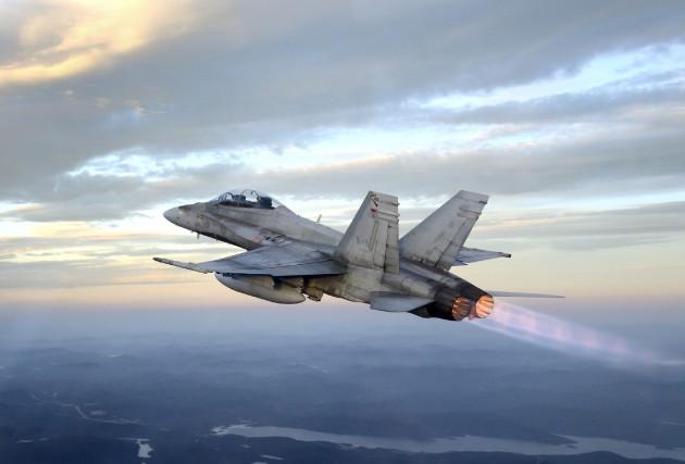Six CF-18 de l'Escadron 433 de Bagotville et leurs pilotes sont stationnés à... (Archives courtoisie, Caporal Pierre Habib)