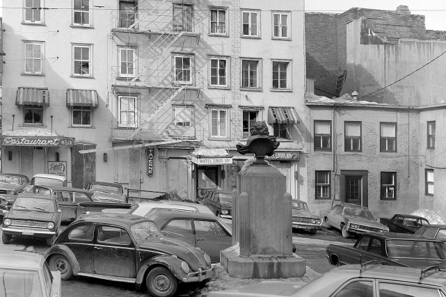 Place Royale en 1967... (©Collection Jocelyn Paquet, les Archives du photographe)