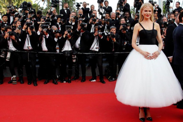 Difficile de rater Nicole Kidman par les temps... (Photo Jean-Paul Pelissier, Reuters)