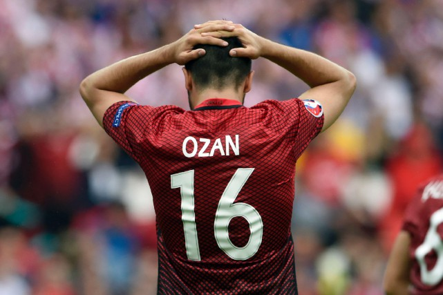 Ozan Tufan... (ARCHIVES AFP)
