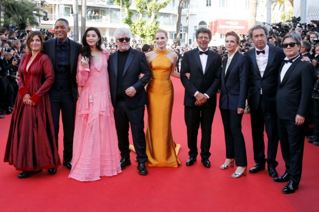 Paolo Sorrentino, Agnes Jaoui, Gabriel Yared, Jessica Chastain,... (Photo Regis Duvignau, REUTERS)