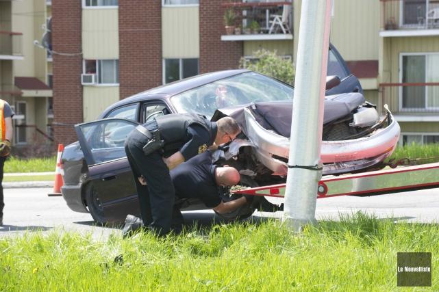 Un accident impliquant un véhicule est survenu, en... (Sylvain Mayer, Le Nouvelliste)