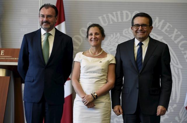 La ministre des Affaires étrangères, Chrystia Freeland était... (AFP, Alfredo Estrella)