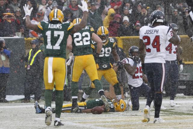 La NFL a aussi décidé de redonner un... (AP, Mike Roemer)