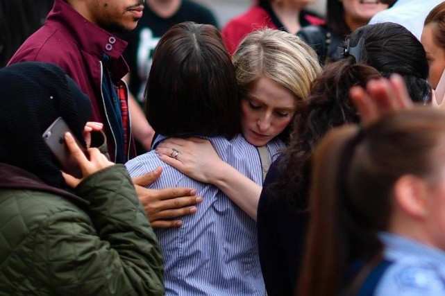 « L'attentat de Manchester nous rappelle à quel point... (PHOTO BEN STANSALL, AGENCE FRANCE-PRESSE)