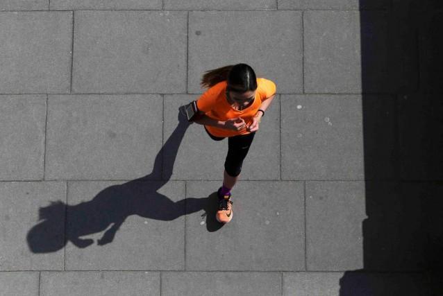 Le surentraînement ne guette pas seulement les athlètes... (photo Neil Hall, archives Reuters)