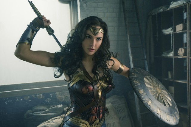 Gal Gadot dans une scène de Wonder Woman... (Photo fournie par Warner Bros)