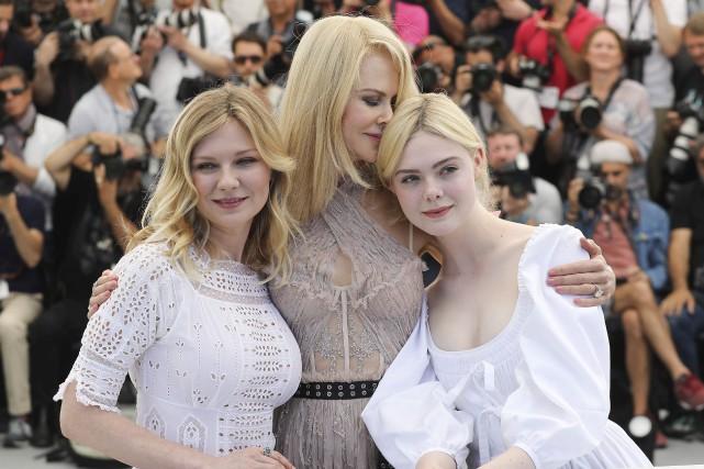 Kirsten Dunst, Nicole Kidman et Elle Fanning, les... (AFP, Valery Hache)