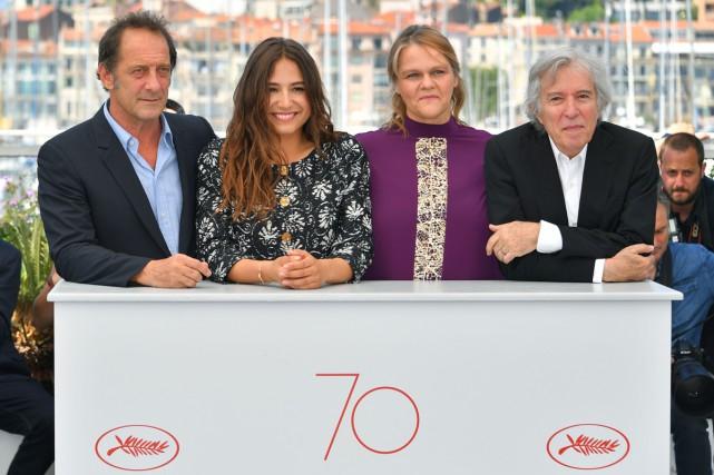 De gauche à droite, les acteurs Vincent Lindon,... (PHOTO AFP)
