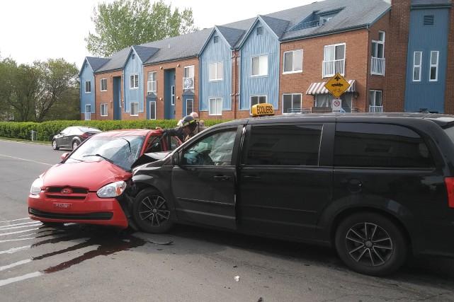 Quatre enfants étaient à bord du véhicule de... (Photo: courtoisie Alain Gauthier)