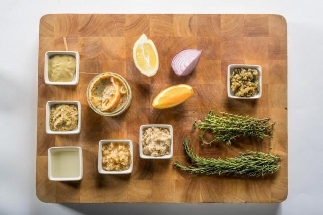 Les principaux ingrédients qui composent les sauces.... (photo Marco Campanozzi, La Presse)