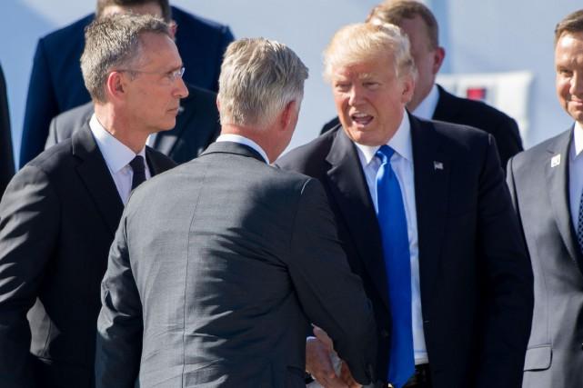 «Les membres de l'OTAN doivent enfin contribuer équitablement... (PHOTO AFP)