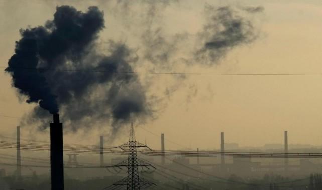 L'Accord de Paris vise notamment à limiter le... (PHOTO PATRICK STOLLARZ, ARCHIVES AGENCE FRANCE-PRESSE)