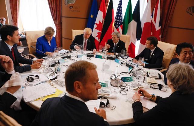 À l'issue d'une première journée de rencontres plénières... (Photo Jonathan Ernst, AFP)
