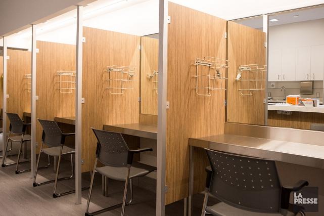 Les sites d'injection supervisée offrent un espace sécuritaire... (PHOTO SIMON GIROUX, ARCHIVES LA PRESSE)