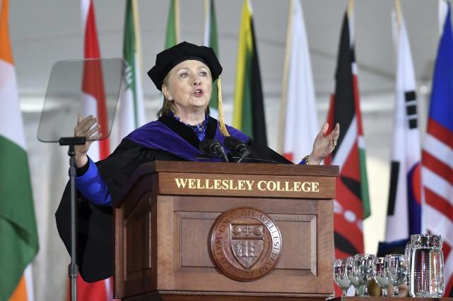 Hillary Clinton a donné vendredi un discours devant... (Photo Josh Reynolds, AP)