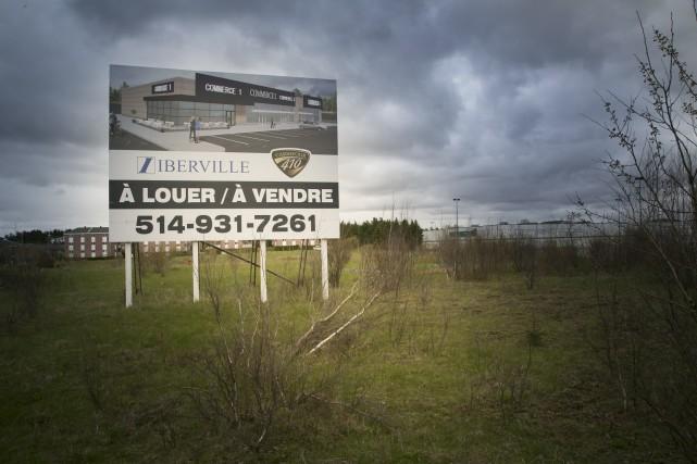 Le terrain situé entre le développement place de... (Spectre Média, René Marquis)